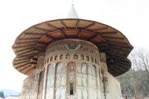 Paste-In-Bucovina-12-Manastirea-Voronet