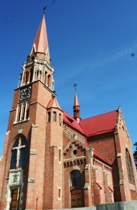 Paste-In-Bucovina-19-Biserica-Cacica