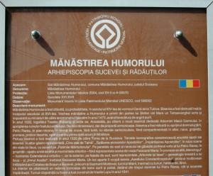 Paste-In-Bucovina-26-Placa-Humorului